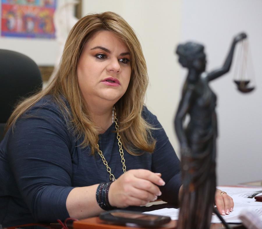 Jenniffer González, comisionada residente (semisquare-x3)