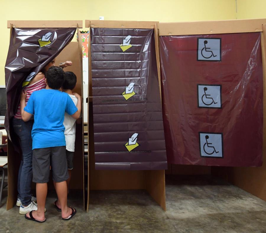 De acuerdo a los resultados divulgados la noche del evento, 507,499 electores participaron del plebiscito del 11 de junio. (semisquare-x3)