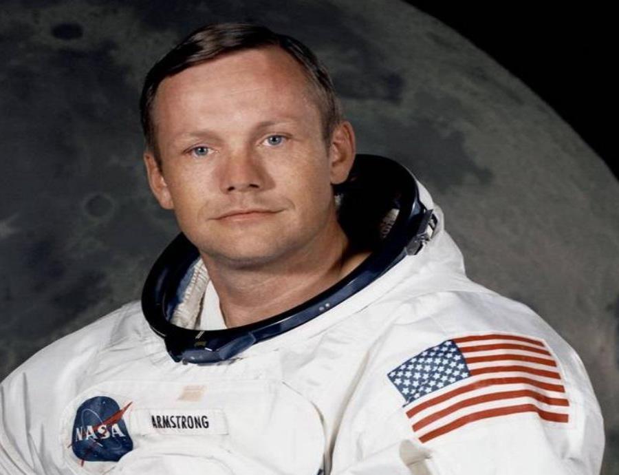 El traje de Neil Amstrong con el que pisó la Luna se está desintegrando (semisquare-x3)