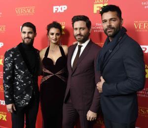 Serie sobre asesinato de Versace estrena entre críticas variadas