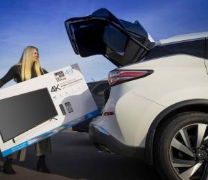 Nissan demuestra la capacidad de carga de sus modelos SUV y 'pick ups'