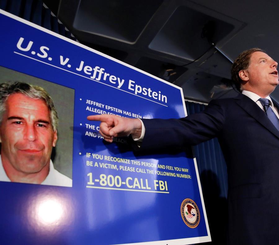 Magnate de EU se suicidó en su celda, dice NYT — Jeffrey Epstein