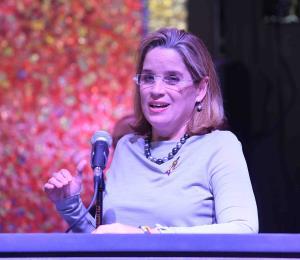 Carmen Yulín Cruz no adelanta su postura sobre la controversia de Ferrer y Prats