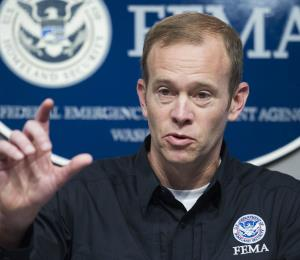 FEMA asegura que continuarán los trabajos pese a renuncia de Long