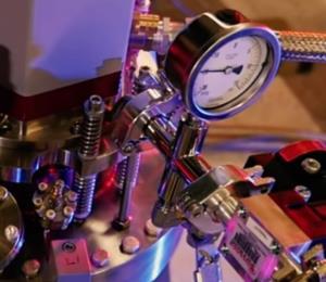 Científicos crean un reloj tan preciso que no necesita ajustes en 40 millones de años