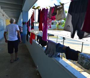 El gobierno incumple con varios requisitos básicos para los refugios