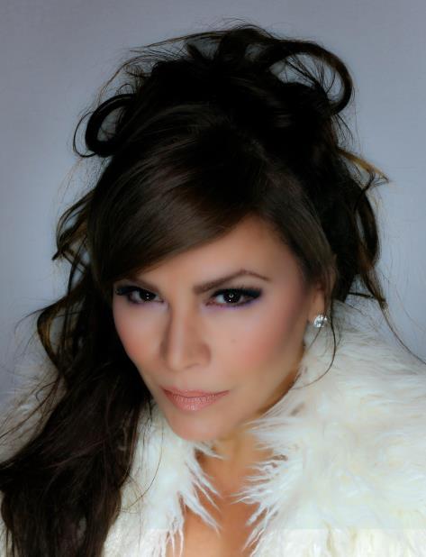 La cantante Olga Tañón retoma su carrera discográfica (vertical-x1)