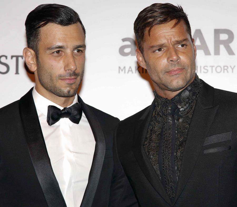 Ricky Martin junto a su prometido Jwan Yosef (semisquare-x3)