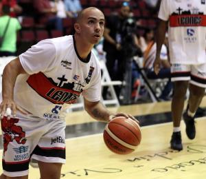 Los Leones radican un cambio para adquirir a Carlos Arroyo desde Fajardo