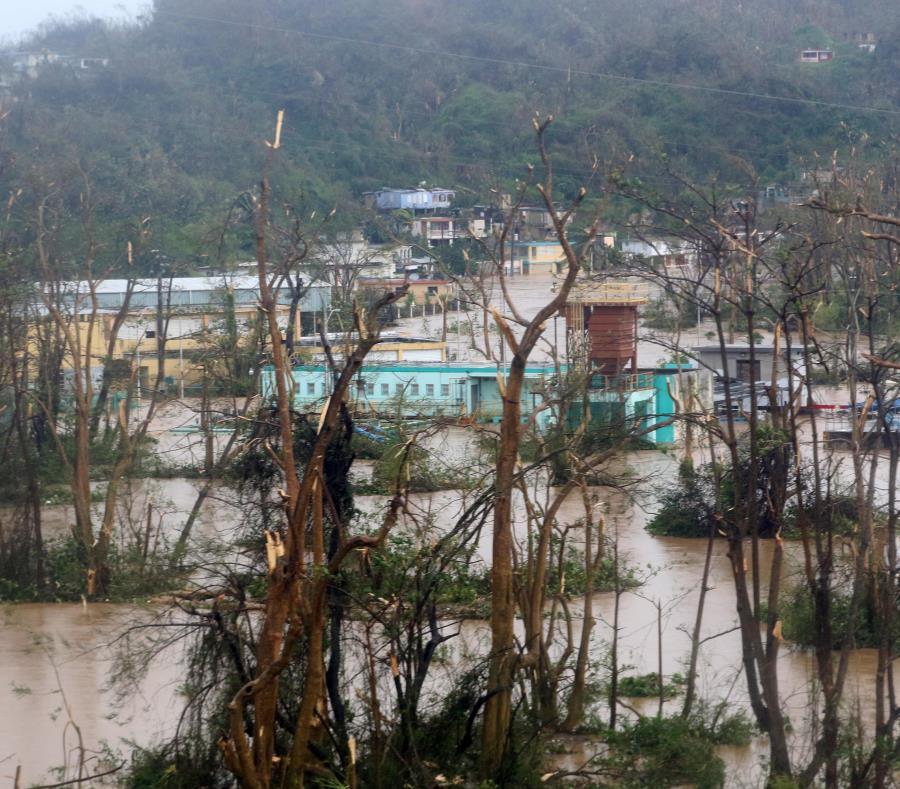 Esta planta de la AAA, a la altura del Puente del Indio en la carretera PR-22, en Vega Alta, quedó bajo agua por las lluvias del huracán María. (GFR Media) (semisquare-x3)