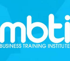 Maestros de MBTI denuncian falta de pago