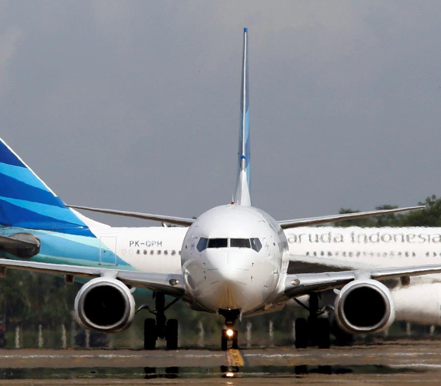Boeing (semisquare-x3)