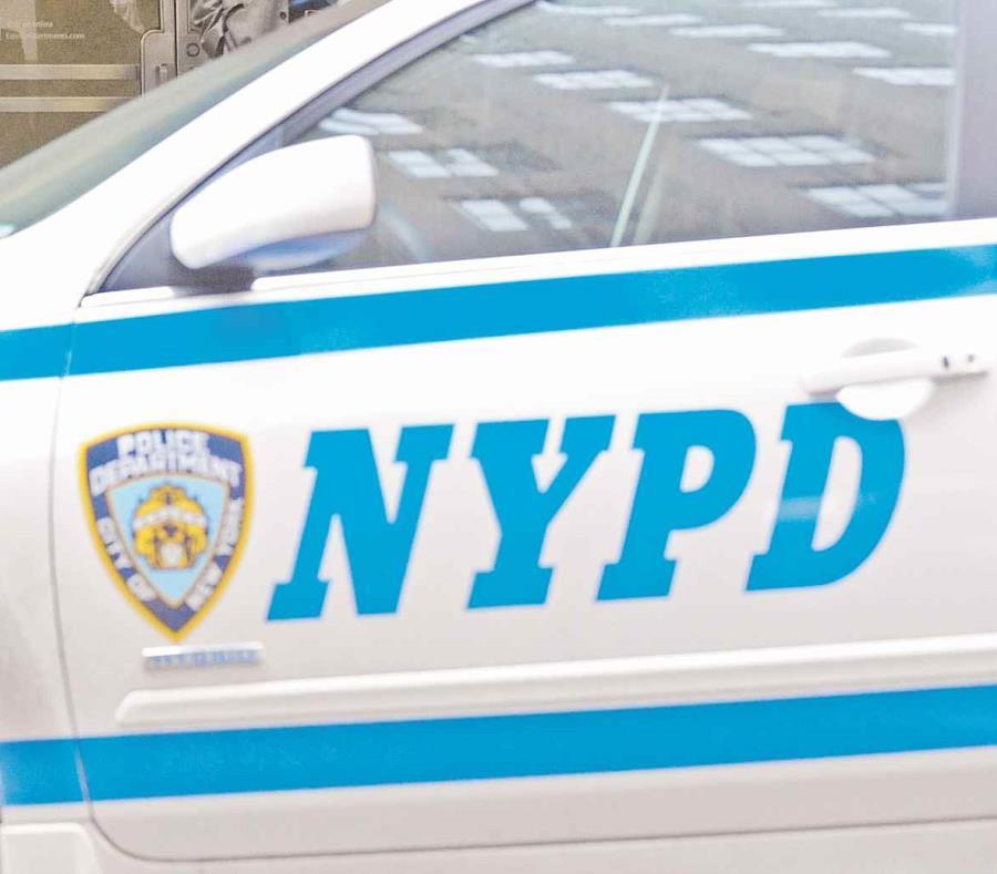 Una patrulla de la Policía de Nueva York (semisquare-x3)
