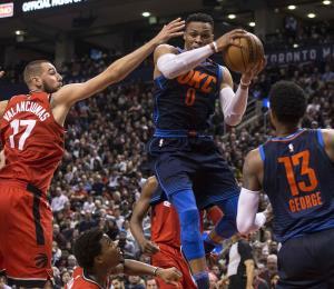 Westbrook y el Thunder frenan la racha ganadora de los Raptors