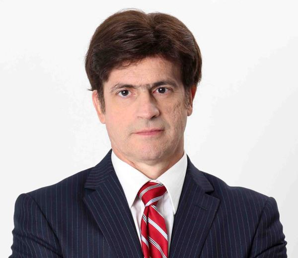 Carlos E. Díaz Olivo