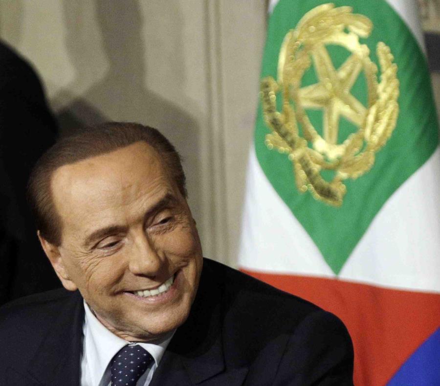 Silvio Berlusconi, ex primer ministro de Italia.  (AP) (semisquare-x3)