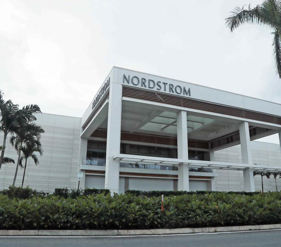 Nordstrom estuvo cerrada debido a los daños por el huracán María. (GFR Media) (semisquare-x3)