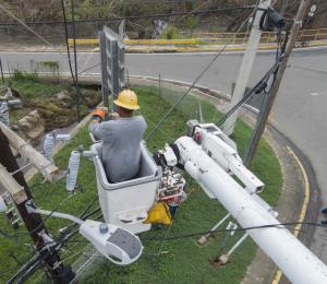 Legislador pide más brigadas para restaurar electricidad en la montaña