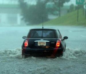Extienden advertencia de inundaciones para 35 municipios