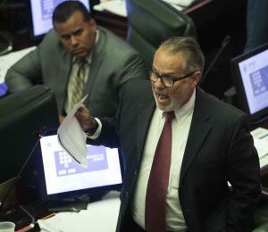 """""""Conny"""" Varela reclama un trato preferente para las empresas foráneas"""