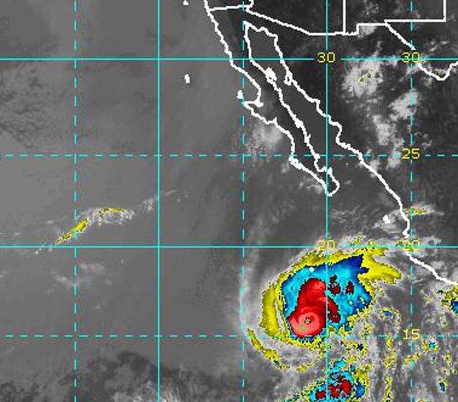 Imagen de satélite del huracán Aletta. (Captura / NOAA) (semisquare-x3)