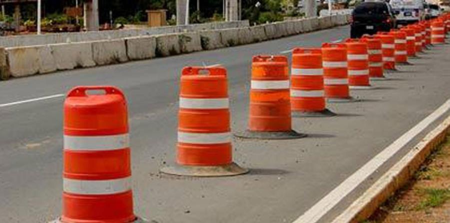 Las autoridades recomendaron a los conductores tomar rutas alternas (horizontal-x3)