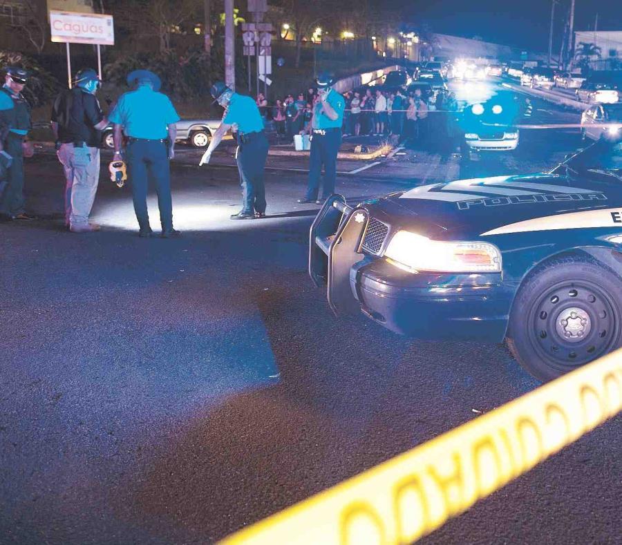 La Policía investiga una escena del crimen. (GFR Media) (semisquare-x3)