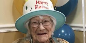 Una mujer en Nueva Hampshire cumple 111 años