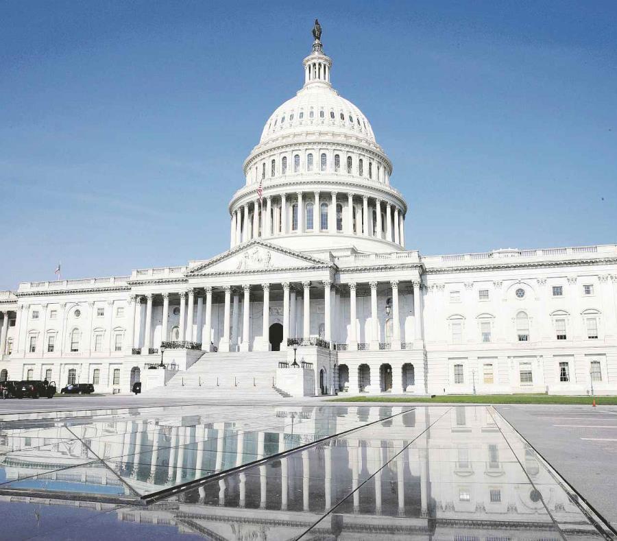 Fuentes legislativas esperan que, debido al daño que provocó el huracán María, haya más opciones para la aprobación del proyecto. (Archivo / AP) (semisquare-x3)