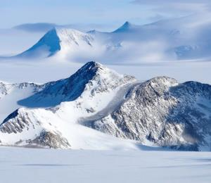 "Descubren un extraño fenómeno en la Antártida conocido como ""temblores oscuros"""