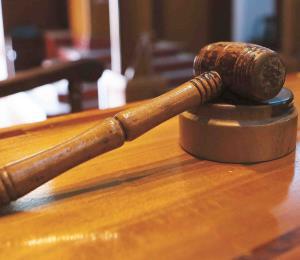 Radican cargos contra masajista por agresión sexual