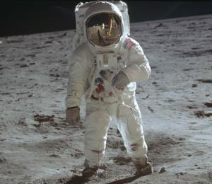 EE.UU. celebra los 50 años de los primeros pasos del ser humano en la Luna