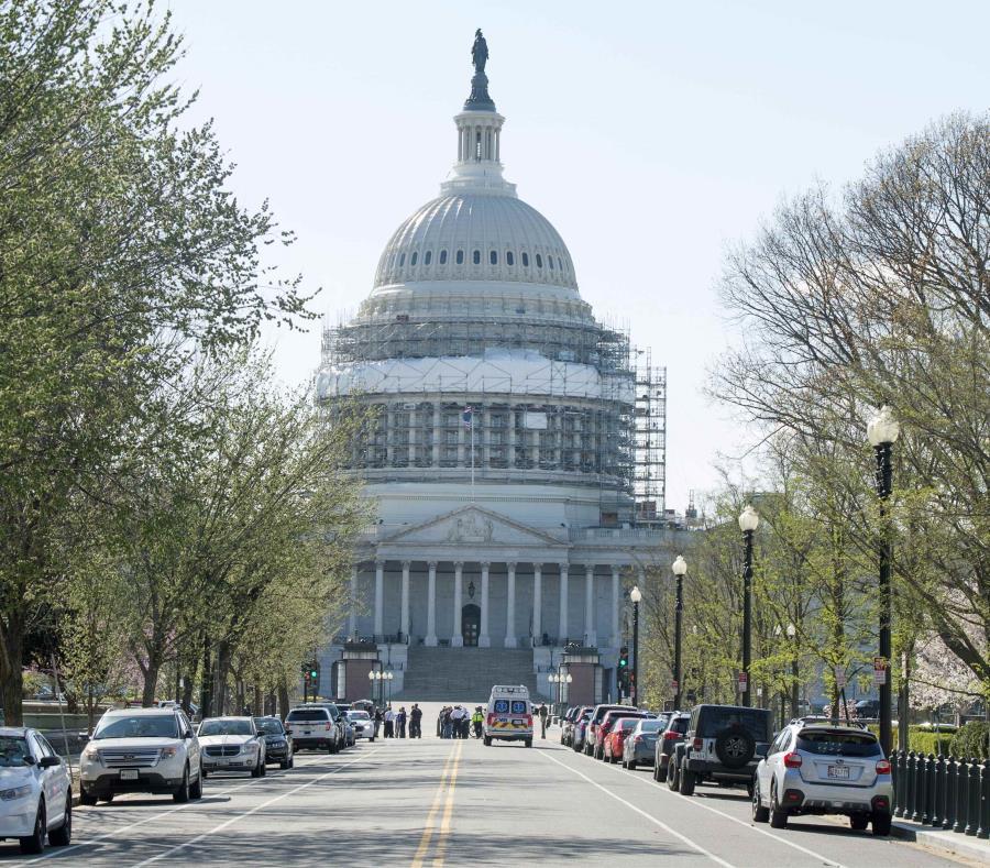 El Capitolio de Estados Unidos en Washington D.C. (semisquare-x3)