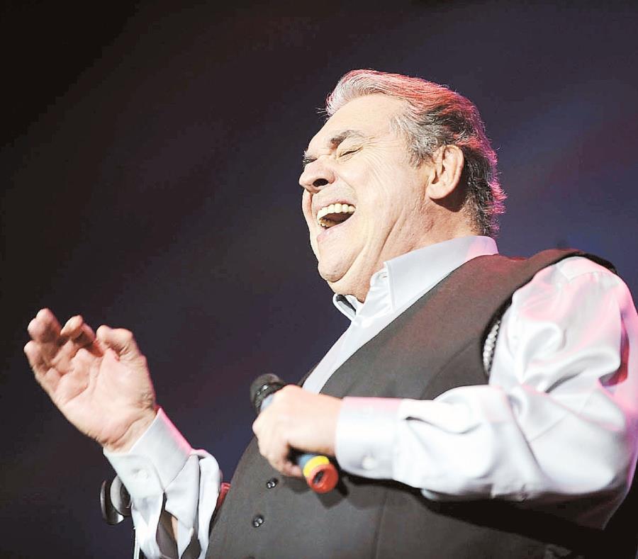 El manejador de Albeto Cortez indicó que el cantautor se encuentra en estado delicado. (GFR Media) (semisquare-x3)