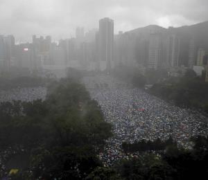 China critica a Taiwán por ofrecer asilo a ciudadanos de Hong Kong