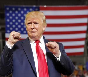 "Donald Trump asegura que Ricardo Rosselló ""está bajo asedio"""