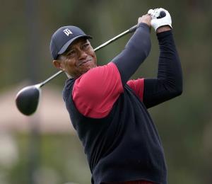 Tiger Woods recibe el premio Laureus al Regreso del Año