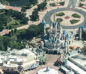 Impresionantes imágenes aéreas de Walt Disney World vacío