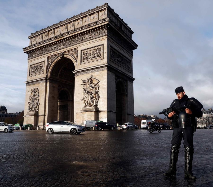 Los principales monumentos de París cerrarán el sábado por temor a las protestas (semisquare-x3)