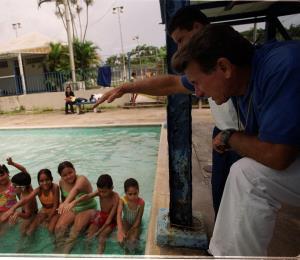 Muere el exentrenador de natación don Félix Pérez