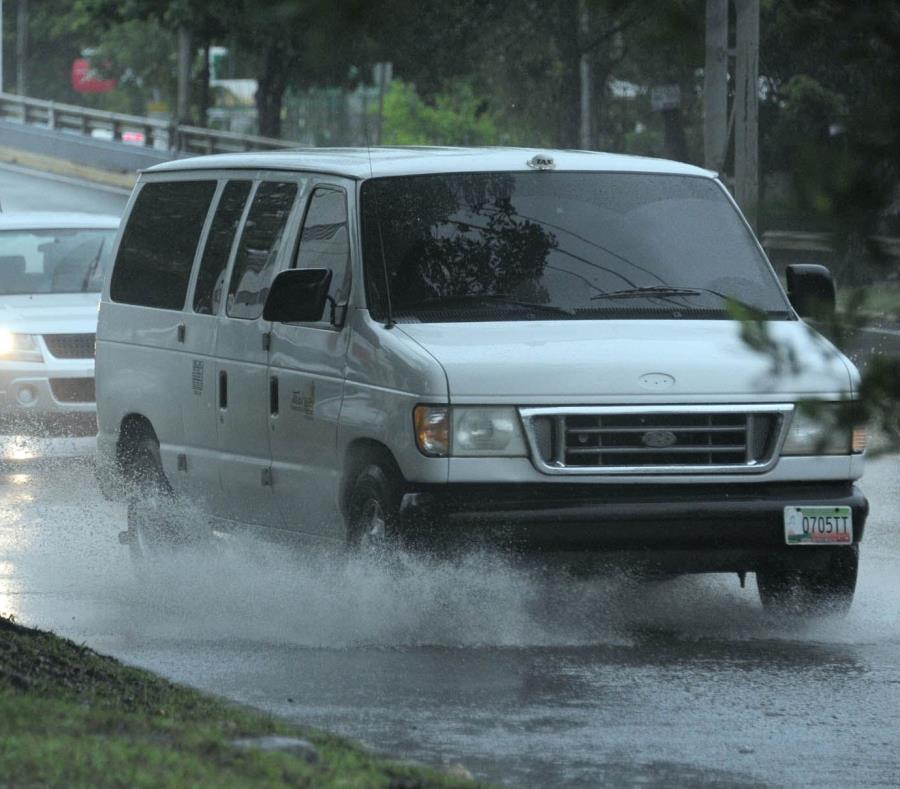 Esta noche, se esperan aguaceros y posibles tronadas en el este de Puerto Rico. (GFR Media) (semisquare-x3)