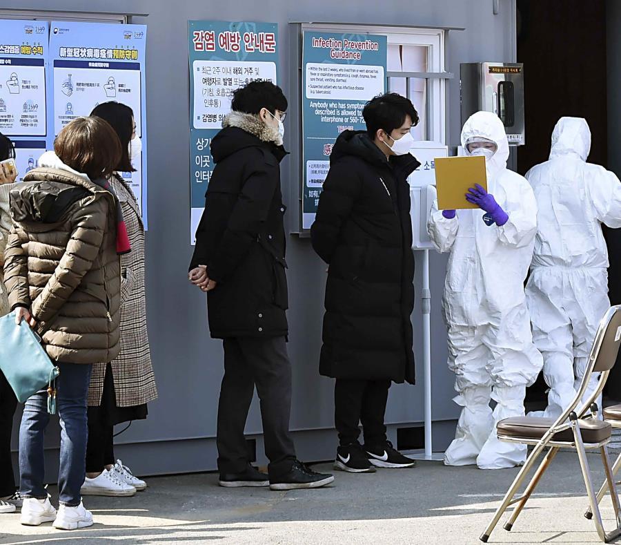 Miembro de secta propagó el coronavirus en Corea del Sur