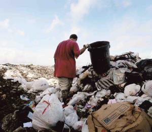¿Debemos pagar por el recogido de la basura?