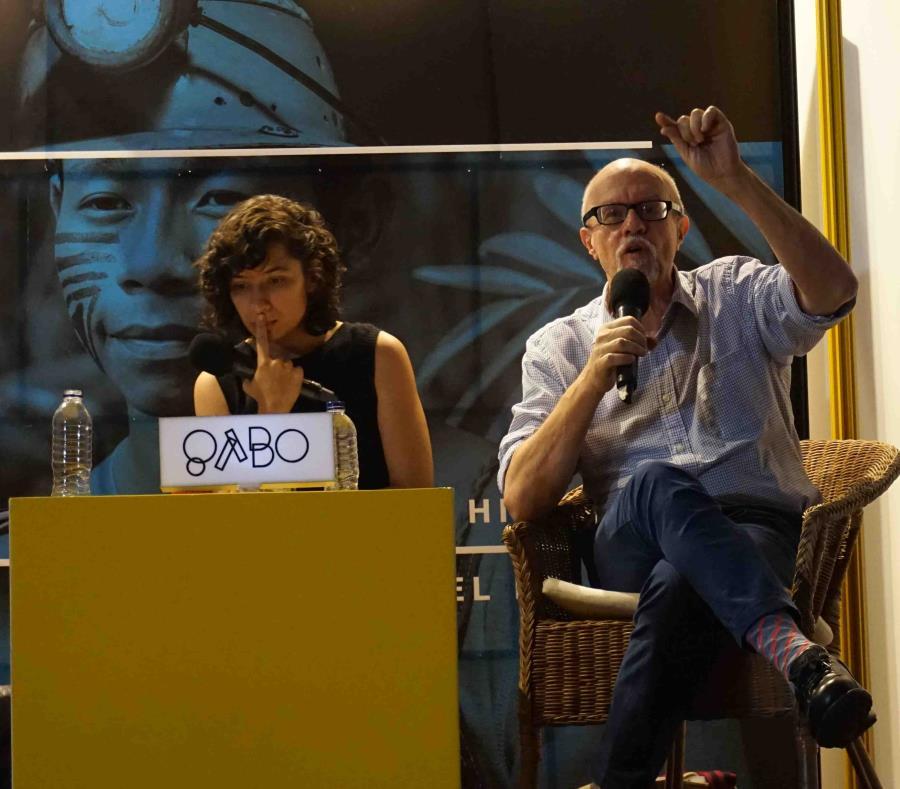 El escritor puertorriqueño Héctor Feliciano ofreció la conferencia