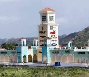 Premium Outlets en Puerto Rico cerrará mañana por falta de luz