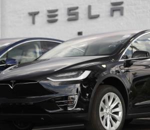 Tesla reduce el número de colores en sus vehículos