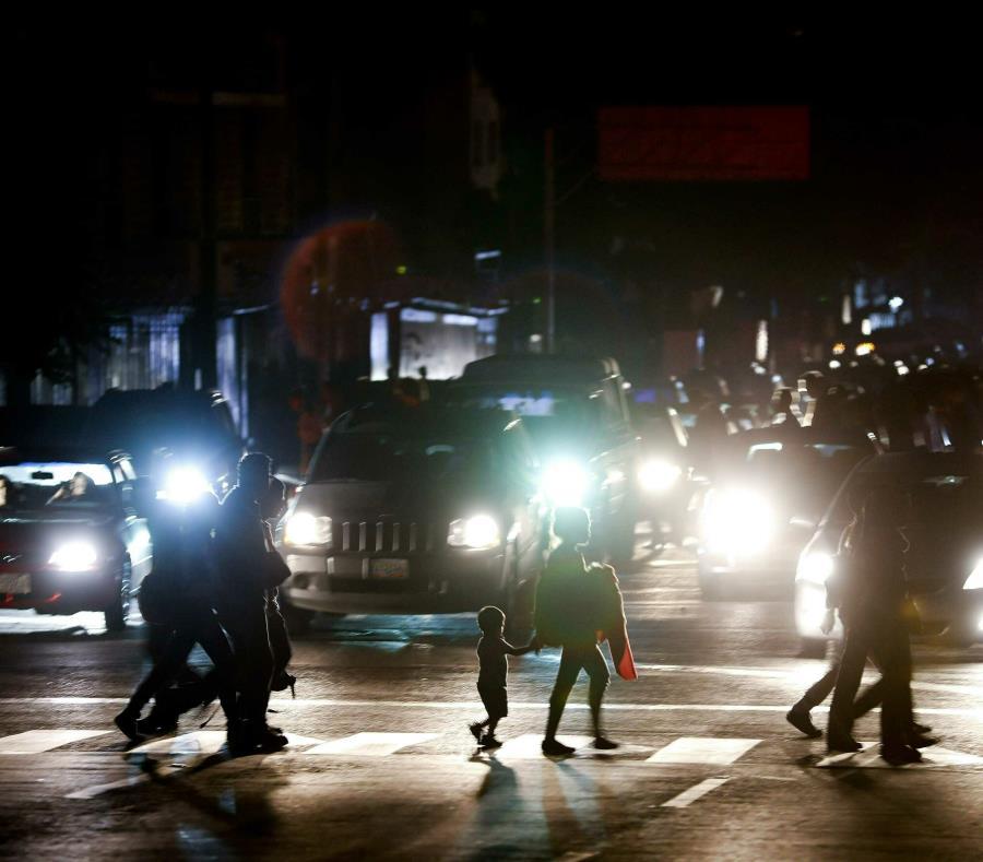 Informe sobre apagón en Argentina demorará al menos 15 días