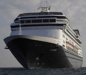 El gobernador de Florida rechaza el desembarco del crucero Zaandam