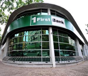 Emiten orden de cese y desista contra FirstBank