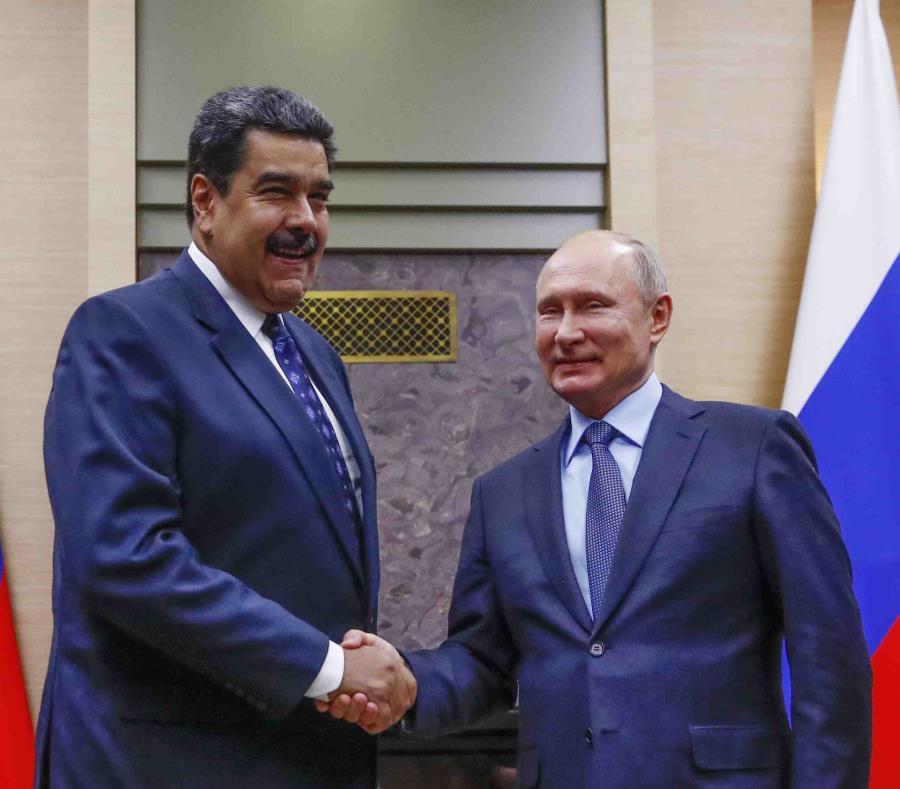 El presidente de Venezuela, Nicolás Maduro, junto a su homólogo de Rusia, Vladimir Putin (semisquare-x3)